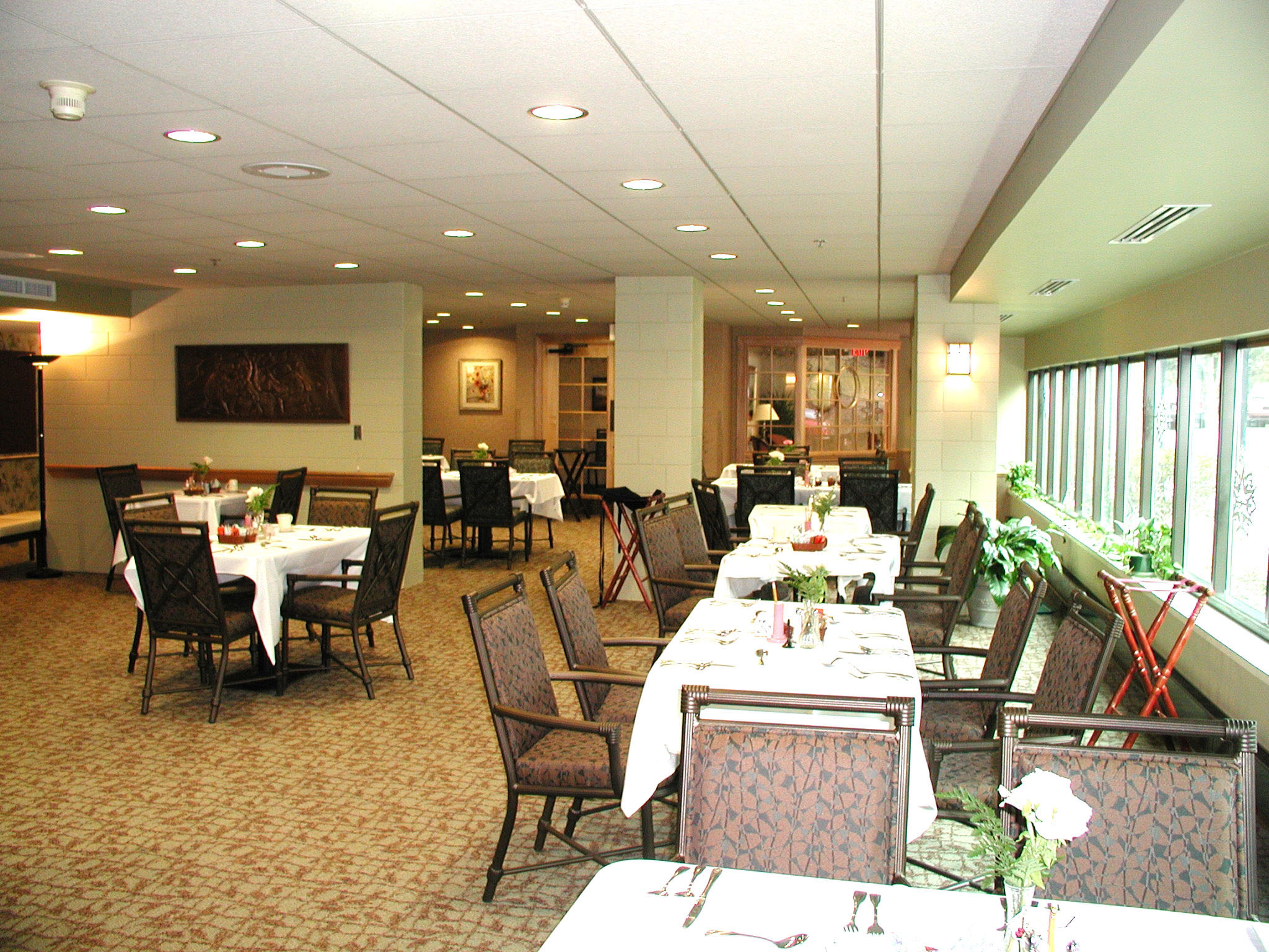 Rosemont Presbyterian Village Dining Room - Retirement Communities